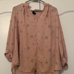 Cute, lightweight long sleeve blouse